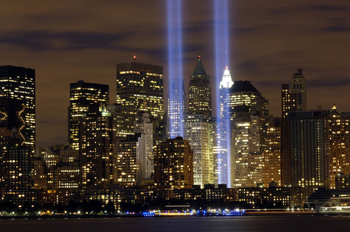 "The ""Tribute in Light"" memorial is in remembrance of the events of Sept. 11, 2001. The two towers of light are composed of two banks of high wattage spotlights that point straight up from a lot next to Ground Zero. This photo was taken from Liberty State Park, N.J., Sept. 11, the five-year anniversary of 9/11. (U.S. Air Force photo/Denise Gould)"
